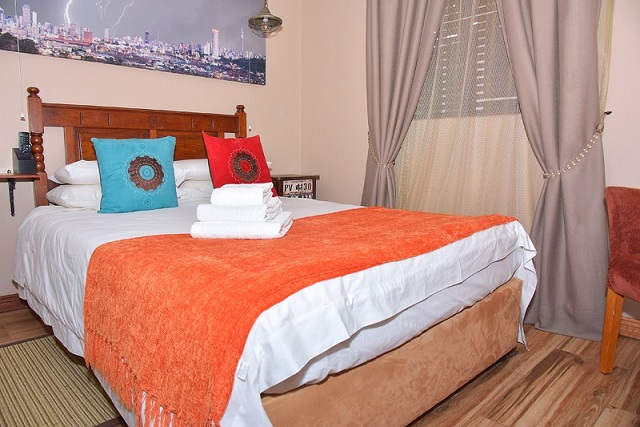 Bwelani Guest House Hillbrow